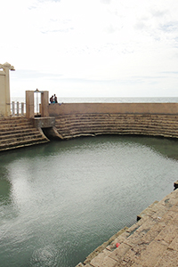 海に面した沐浴所