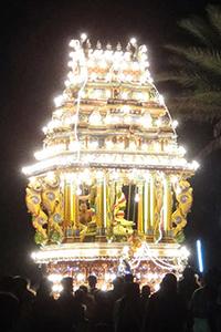 ヒンドゥー寺院のお祭り