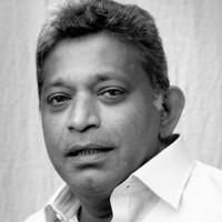 パイキアソシー・サラワナムットゥ氏 (Dr. Paikiasothy Saravanamuttu)
