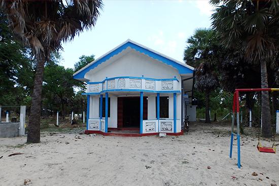 完成したコクライ村のコミュニティセンター