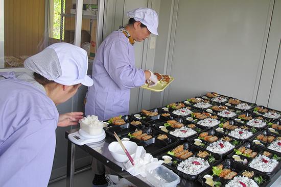 新古里農園で採れた野菜を素材にしたボリュームたっぷりのお弁当