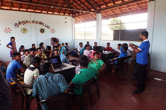 ムッタヤンカットゥ漁協での研修