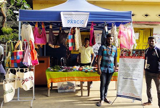 パルシックのお店。ジャフナ大学の学生さんも手伝ってくれました