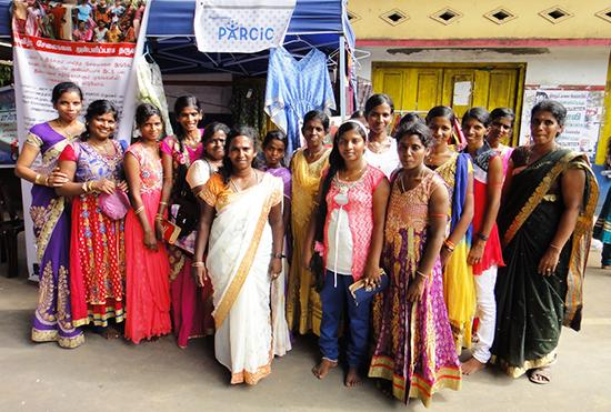 タンニムリプ村の女性たち