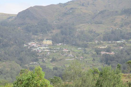 リタ集落から眺めるマウベシ遠景