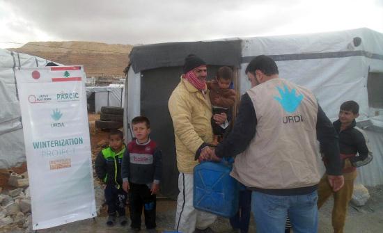 レバノン アールサールの難民キャンプでの2・3回目の灯油配布
