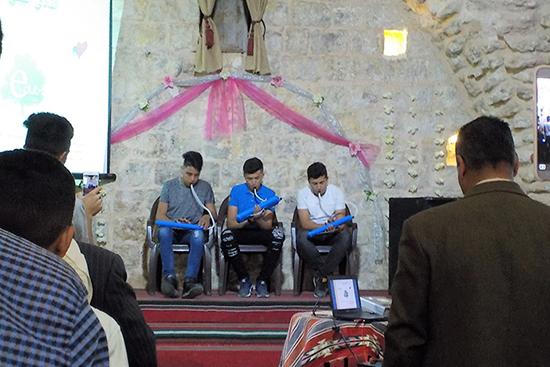 オープニングセレモニー、懐かしの鍵盤ハーモニカでパレスチナ国歌を演奏