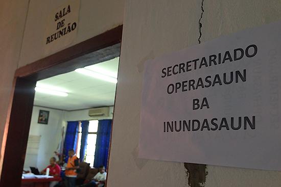 内務省Secretary State of Civil Protection災害リスクマネージメ ント局の会議室に設置された「洪水被災者支援事務局」